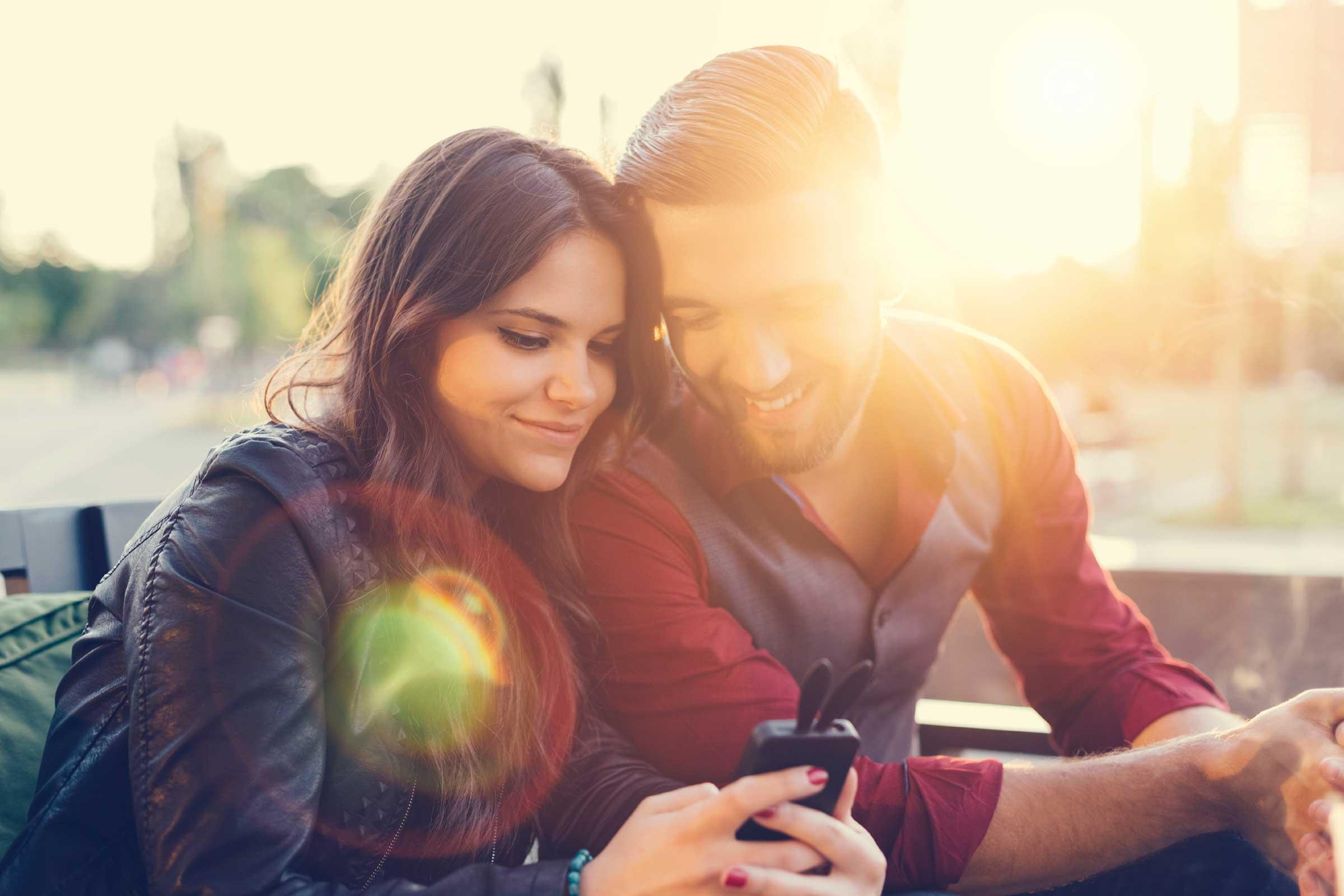 10ا صفات لو وجدت فى زوجك المستقبلى  لن تملى ابدا حبه