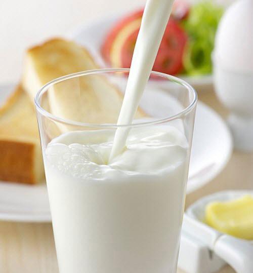 لن تتصوري ما يفعله كوب واحد من الحليب في جسمكِ !